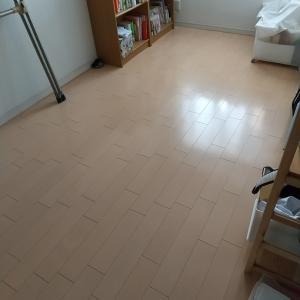 【掃除】床の雑巾がけですっきり♪