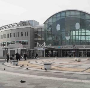 四国の大動脈予讃線を全力疾走するアンパンさん電車で行く 高松駅発いしづち9号の旅です!!