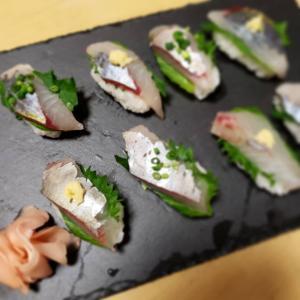 シマアジ寿司