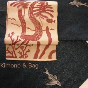 トビウオの着物に人魚の帯