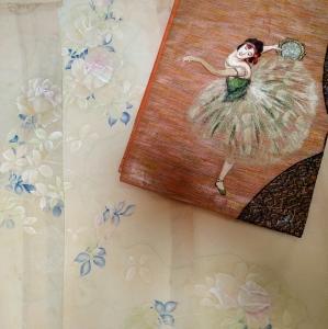 薔薇の着物にバレリーナの帯