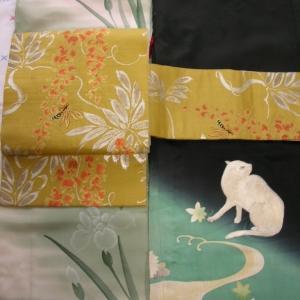 菖蒲の着物に猫の羽織