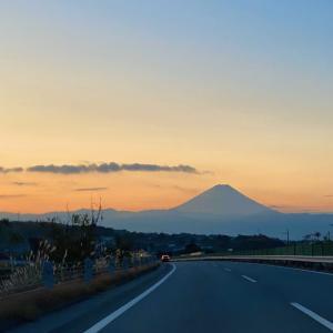 富士山と紅葉とのあ!