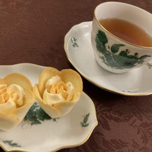 ほっとする時間に、可愛いスイーツとおいしい紅茶を