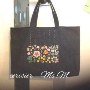 生徒さんの作品 お花の園バッグ、ブームのおかず
