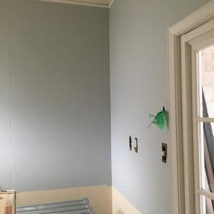 築古アパートのセルフリノベ~羽目板の腰壁作り