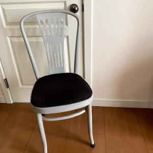 椅子の座面張り替えでイメージチェンジ