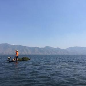 インレー湖