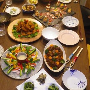 パーティー料理と生徒たちのお話