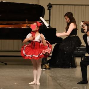 ピアノ×バレエコンサートの動画『赤ずきん』『猫』