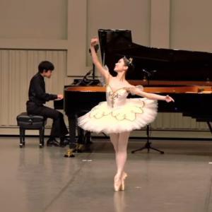 ピアノ×バレエコンサートの動画『オーロラ姫act3』