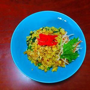 マイブーム 昼食 海老入り小松菜炒飯。。。