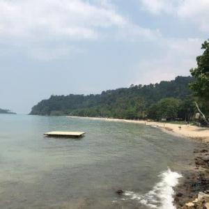 チャン島はチャイヤムビーチに至った