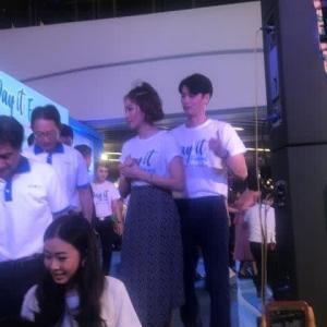 タイのスターの囲み取材