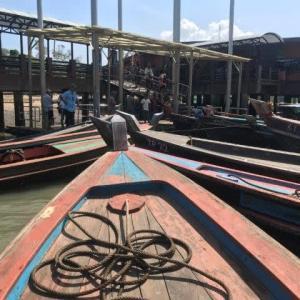 舟の舳先に要注意 パクナムチェックポイント