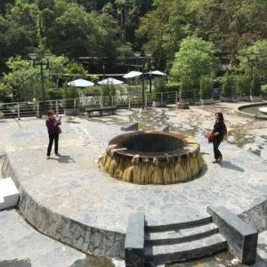 ラクサワリン温泉 65℃
