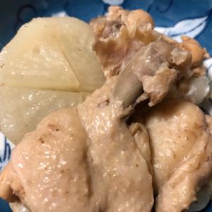 2020/11/26ご飯記録 鶏手羽元の酸っぱ煮
