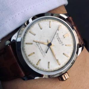 あっという間の木曜日 / ONSA 古い時計