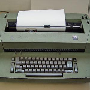 タイプライター知ってる?