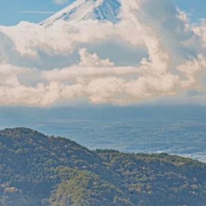 【無料プレゼント】幸運を招き入れる富士と神社の待ち受け写真