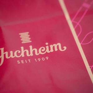 ユーハイム工場直売店でバウムクーヘンを