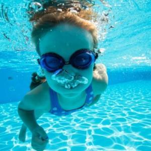 足腰を強くしたい!1年ぶりにプールで泳ぎました
