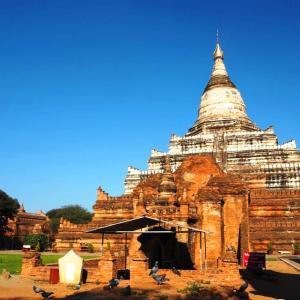 ミィンカバー村と優しい涅槃像