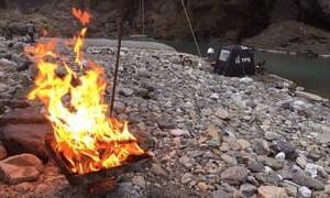 ウインターキャンプと日の出山北尾根