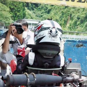 黒川カメラマン