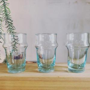 涼しげなモロッコリサイクルグラス