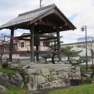 坂本石積みの郷公園(3)生源寺の破れ鐘