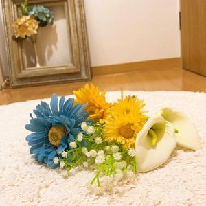 玄関のお花を夏っぽく変更っ!