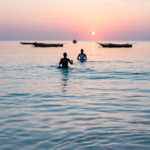 Zanzibar-3, Tanzania 〜ザンジバルでダイビング!イルカの群れに取り囲まれる~