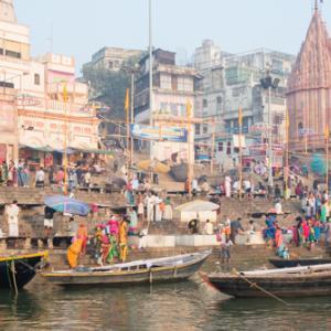 Varanasi, India〜新婚旅行編・徹底的に懐かしい街バラナシで、深い音楽に浸る〜