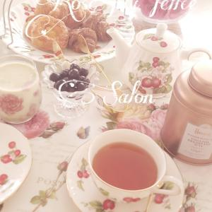 朝食はクロワッサンと紅茶から ♡ ポーセラーツの食器で素敵なテーブルを楽しむ