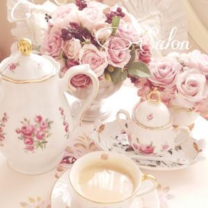 休日は ローズの香りのロイヤルミルクティーで優雅な時間 ♡ ロイヤル ウェディングティー