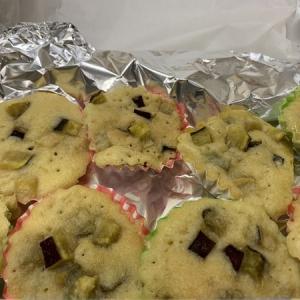 センターおやつ「サツマイモの蒸しケーキ」