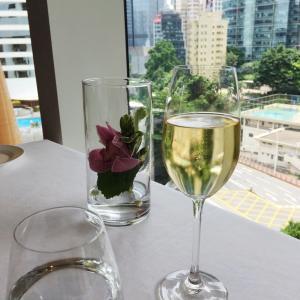 デモの影響の中、香港コンラッドホテルのサンデーブランチへ