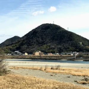 東西から望めば長良富士 舟伏山・岩田山縦走