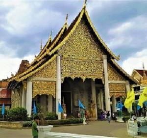チェンマイ最大の仏塔!ワットチェディルアンで号泣・・・