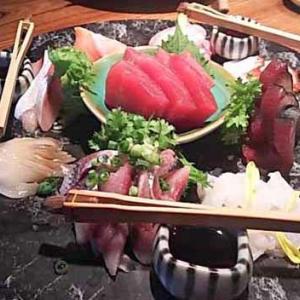 煮炊魚金でうれしい数ヶ月ぶりの外ごはんと日本酒