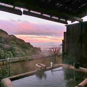 リニューアル前のWA亭風こみち はつねの客室露天風呂と貸切風呂