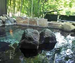 源泉かけ流し温泉と和イタリアンで癒される旅~オーベルジュ湯楽 到着・お部屋編