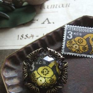 ◆オーダー品 切手ブローチ(チェコスロバキア切手 花デザイン)