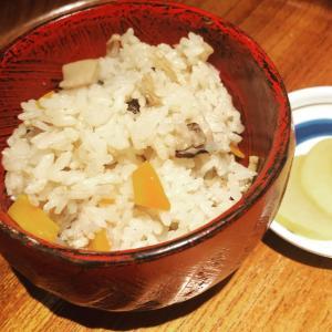 秋は、まつたけご飯と森の天ぷら!!