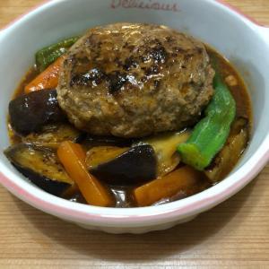 7月27日 * 野菜の煮込みハンバーグ *