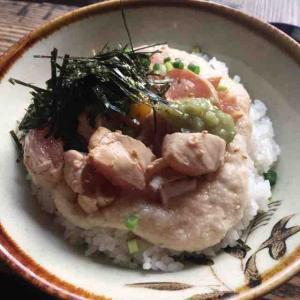 時々現れる限定メニュも楽しみな「日本一の親子丼」を提供するお店(はやし@赤坂)