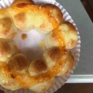 ミスタードーナツ ポン・デ・ちぎりパン 3種のチーズを早速食べてみたよ。(ミスタードーナツ 東中野ショップ@東中野)
