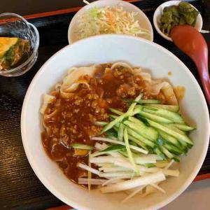 汁なし刀削麺を頂く。(興福樓(コウフクロウ)@大久保)