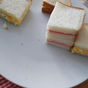 大量のサンドイッチだったのに・・